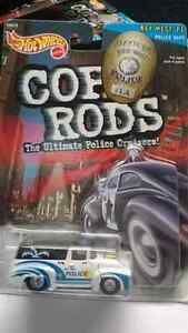 HOT WHEELS COP RODS 56 FORD TRUCK SERIES 2 MINT!! REAL RIDERS