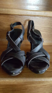Woman's Zara Leather Sandals Size 37