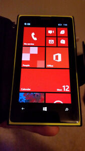 Perfect condition Nokia Lumia 1020 32GB Factory Unlocked Charger