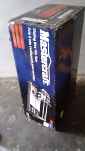 Wet tile saw new in box