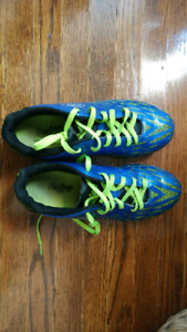Outdoor Soccer Shoes / Cleats