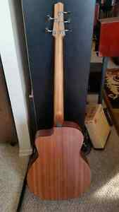 Stonebridge 5 string Acoustic Bass Guitar Kitchener / Waterloo Kitchener Area image 2