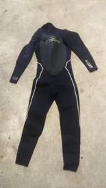 Free Wetsuit. Mens Small