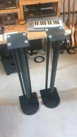 Nexus 10i speaker stands