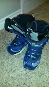 Liquid Snowboard boots (Size 5)