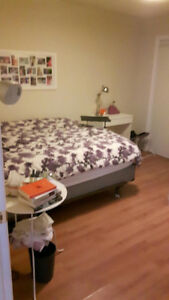 Spacious 1 Bedroom Apartment - $950.00 Utilities Included