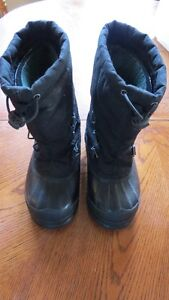 Used Winter Sorel Winter Boots Boys Size 1 Strathcona County Edmonton Area image 1