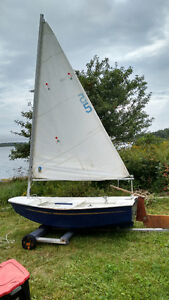 8ft Ply Sailing Dinghy. Sold Pending Pickup.