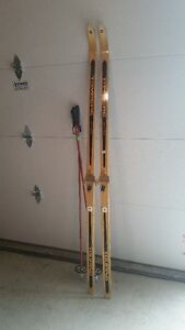 Cross Country Skis/poles