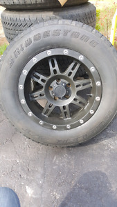2009 jeep rims and tires
