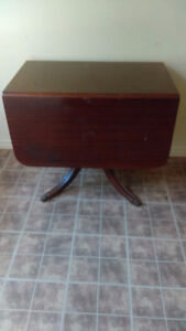 DROP LEAF TABLE AND 2 CHAIRS.