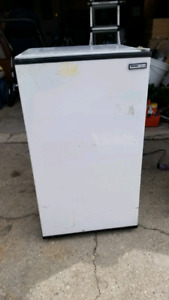 Mini bar fridge - $50 OBO