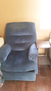 Recliner chair, comes with Free side table