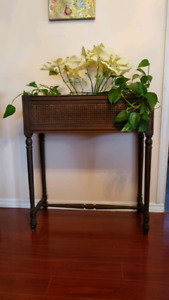Gorgeous vintage plant stand