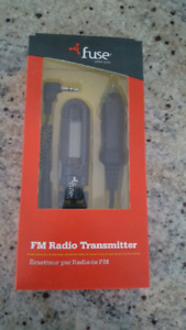 FUSE FM TRANSMITTER FOR SALE! BNIB! BATTERY INCLUDED!