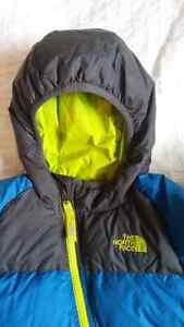 North Face Toddler Winter Goose Down Bunting - 18-24 months Gatineau Ottawa / Gatineau Area image 2