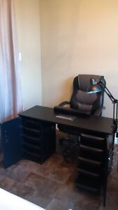 Home Nail Salon Equipment for Sale London Ontario image 3
