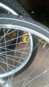 Bicycle rear wheel wanted for 28 inch x1.60 tire