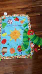 Tummy time mat and little pillow