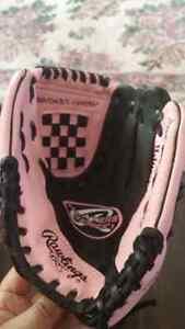 Rawlings 9 inch Baseball Glove