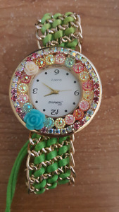Ladies pearl embedded watches