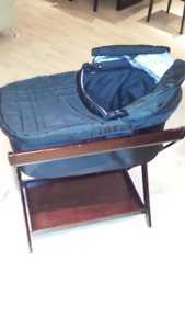 Uppa Baby bassinet and stand