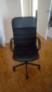 Like new, rarely used Ikea office chair