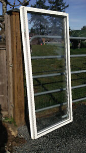 Two vynyl windows for sale