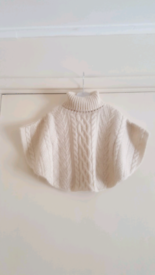 George girl knitted poncho