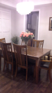Solid wood dinning table set.