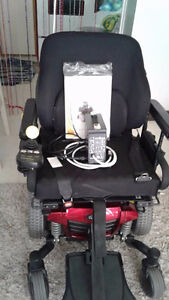 Quantum Q 6 Edge Series Power Chair
