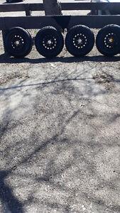Cooper trendsetter SE all season P185/75R14 on rims for sale