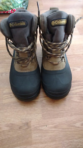 Size 10 Colombia Hiking/Winter boots