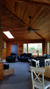 Beautiful open concept cottage Southcott Pines Grand Bend
