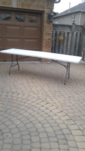 FOLDING TABLE WITH CARRY HANDLE, 8 FOOT