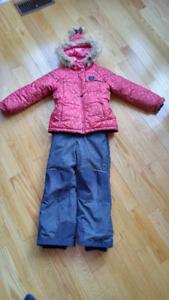 Habit de neige/ hiver  2 morceaux  SOURIS MINI 7 ans  fille
