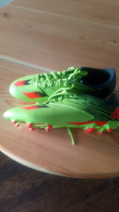 Adidas Messi 15.3 cleats