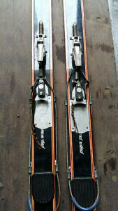 Skis antiques