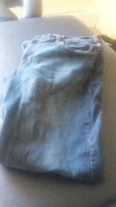 AMERICAN EAGLE jeans and shirts