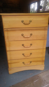 Beautiful all wood dresser $75 or $90 delivered
