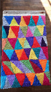 Hand Hooked Rug - made by Doreen from Tilting