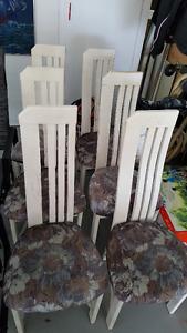 6 chaises de cuisine