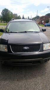 2006 Ford FreeStyle/Taurus X SEL Familiale