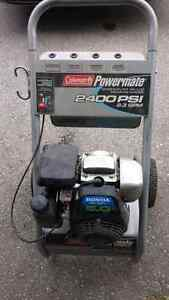 Honda pressure washer motor and cart only. London Ontario image 1