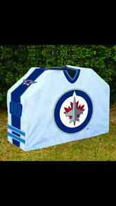 WINNIPEG JETS OR BOMBERS LARGE BBQ COVER WANTED $$$ 999-2751