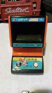Coleco Donkey Kong Jr. Table Top Game Prototype *1983