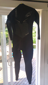 O'Neil Small womens wetsuit