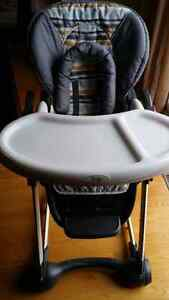 Safety 1st Lux Nosh high chair