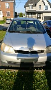 Toyota echo grise automatique