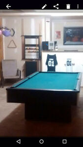 Pool table with all accessories Cambridge Kitchener Area image 1